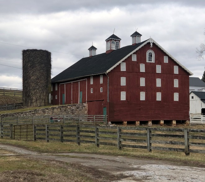 Dairy_barn_Carroll_County